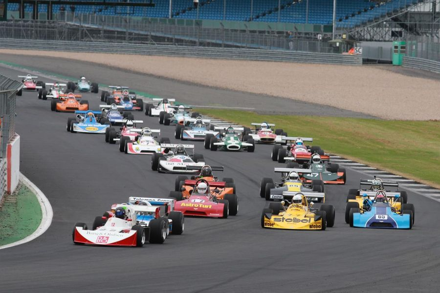 Dedicated retro races for Formula 1, F2 and F3 at