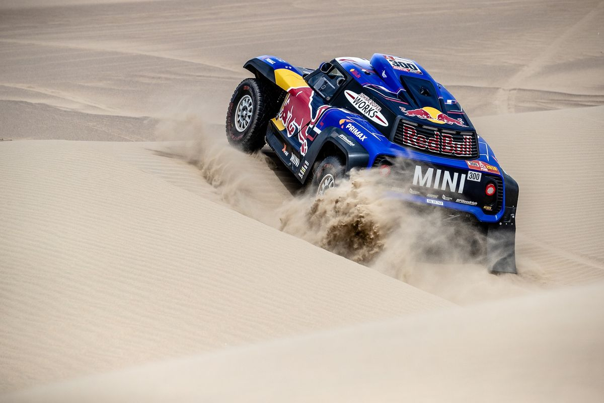Four MINI crews complete Dakar Stage 2 inside the top ten