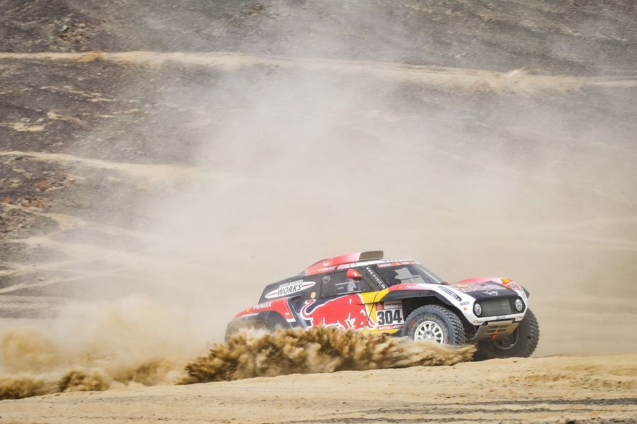 Peterhansel takes his first Dakar stage win in a MINI John Cooper Works Buggy