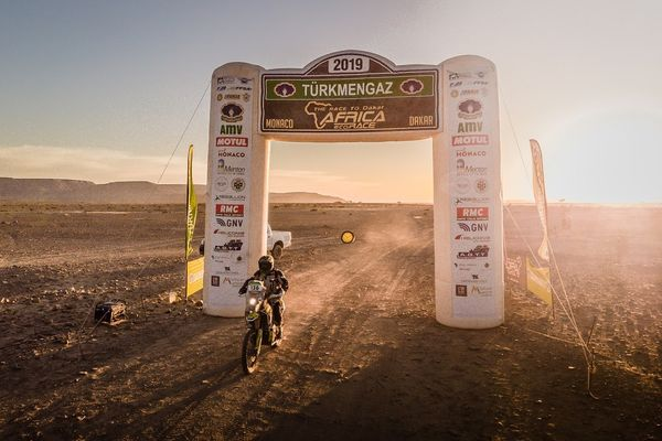 AFRICA ECO RACE: First stage win for Felix Jensen