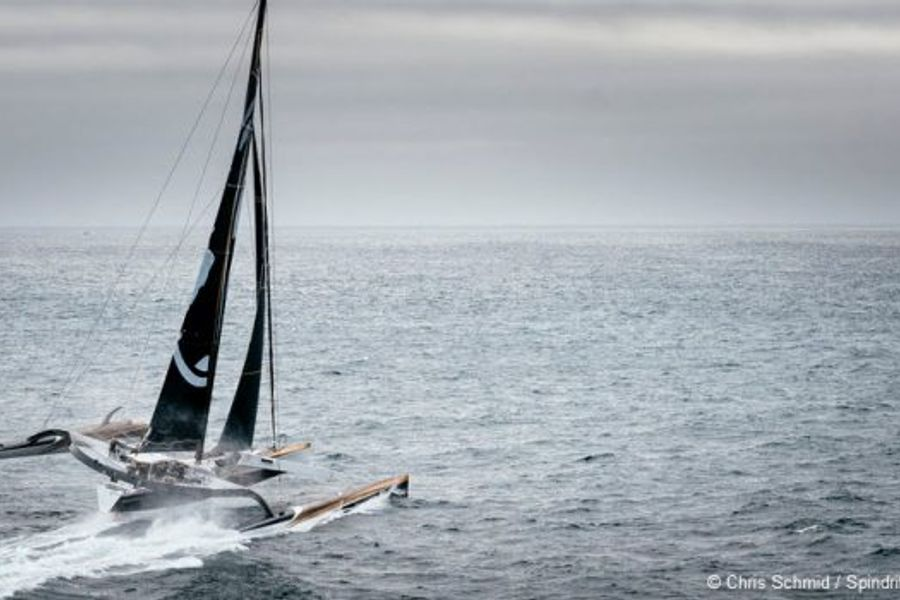 Spindrift ready for Jules Verne attempt