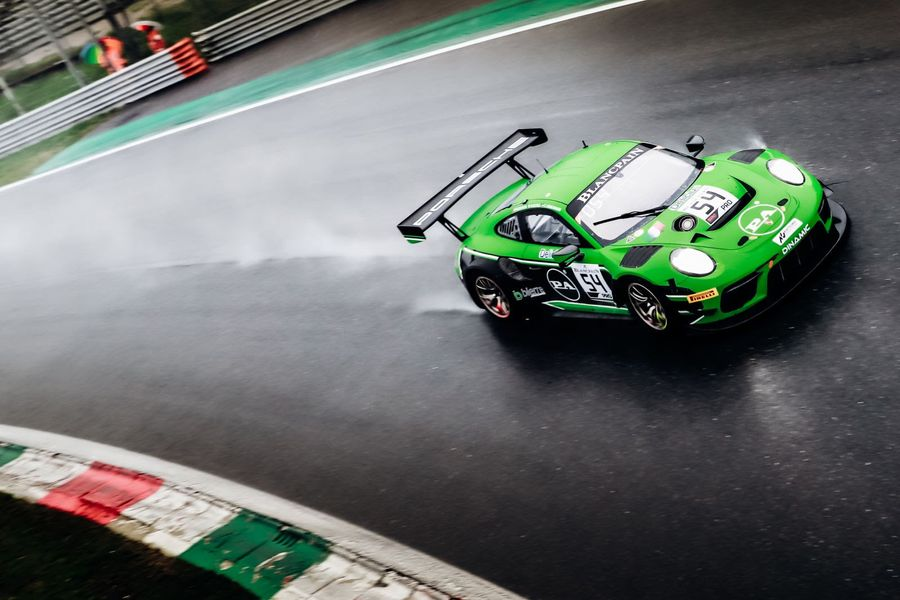 Dinamic Motorsport Porsche takes emotional Blancpain GT Series victory