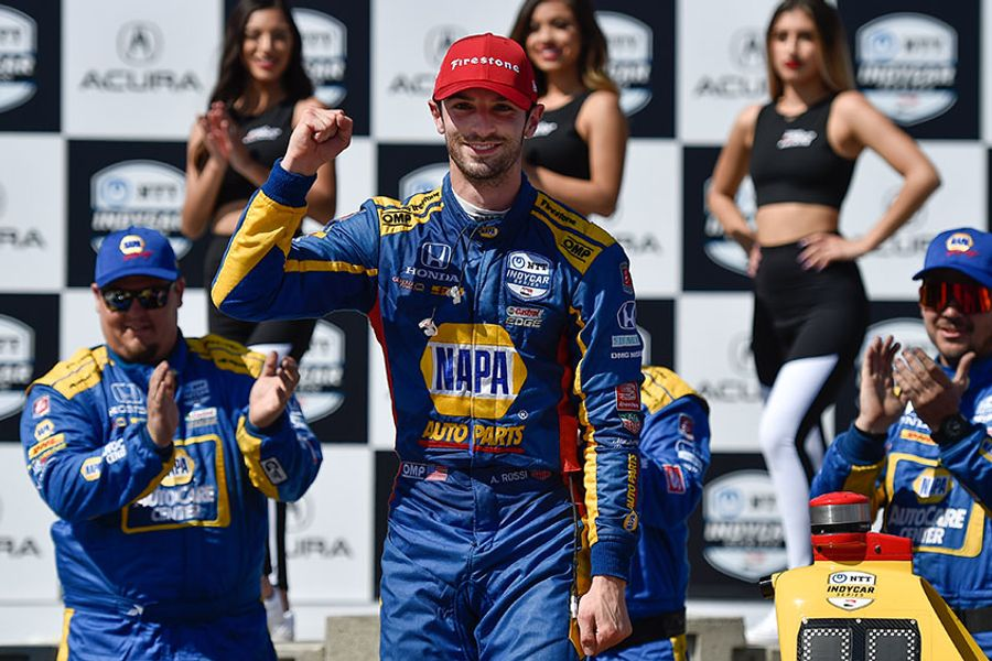 IRL: Rossi reels off second straight dominant Long Beach triumph