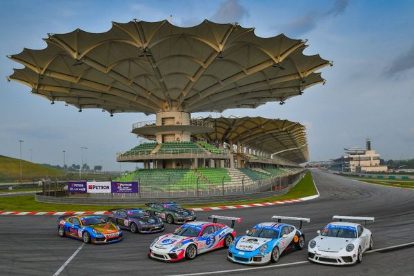 Porsche scores double GTM victory in Sepang Thailand Super Series opener