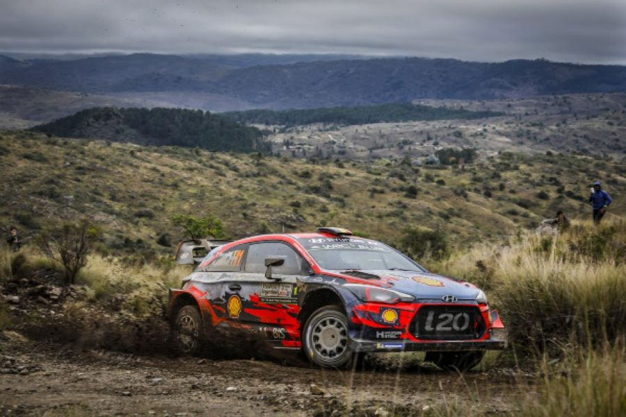 Neuville increases lead with Rally Argentina win