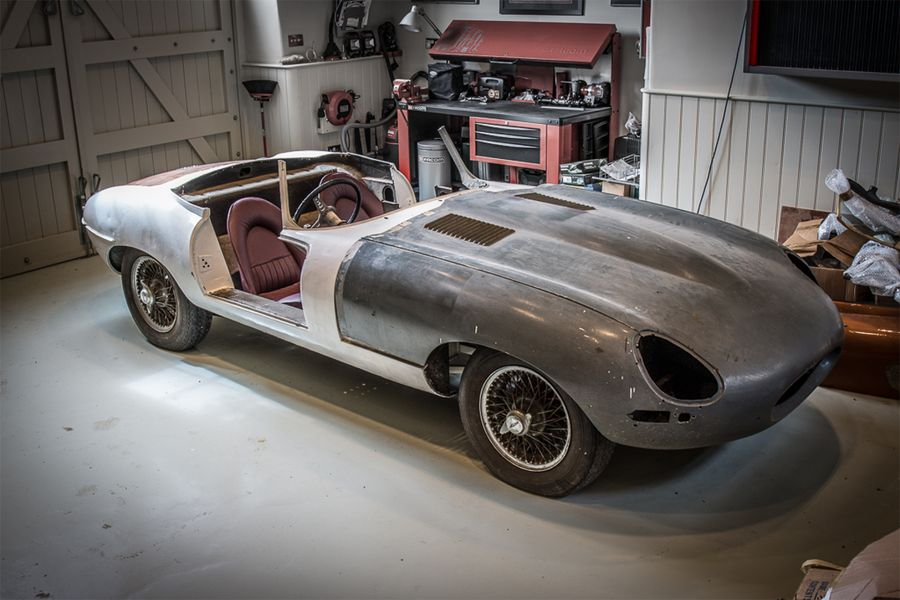 Jaguar E-Type 2+2 and Series 1 3.8 restoration projects at British Marques sale
