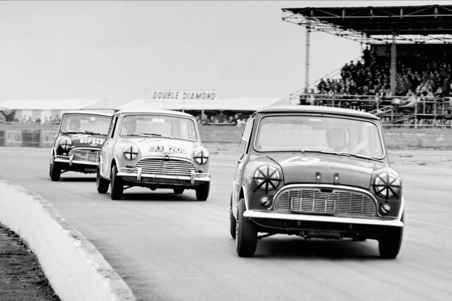 Mini anniversary grid smashes all records at Silverstone Classic