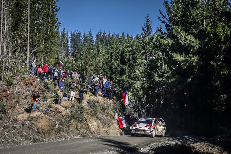 Tanak dominates opening day of Rally Chile
