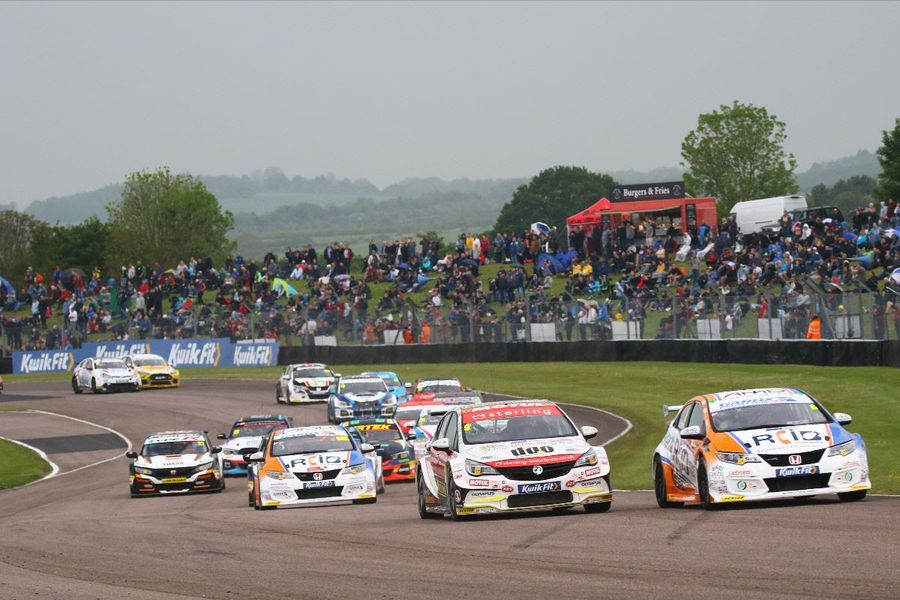 BTCC Championship chase heads to Croft
