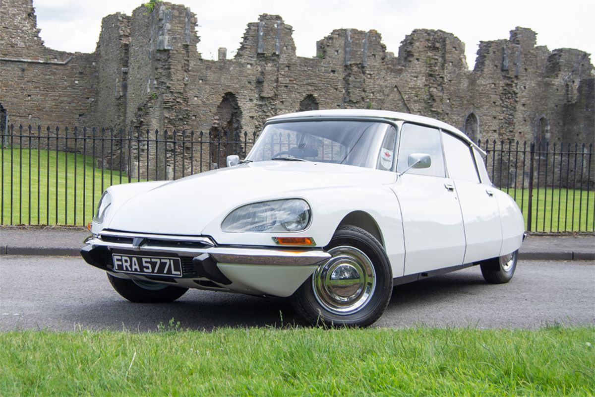 Show-stopping award-winning Citroen DS Super 5 on offer at Silverstone Classic  Auction