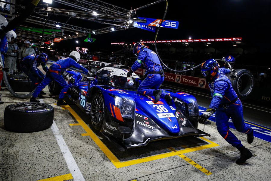 Signatech Alpine Matmut on the right track in Le Mans LMP2