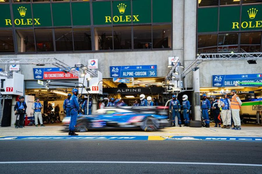 24 Hours of Le Mans Hour 19 Roundup: A few twists to the plot in the last two hours