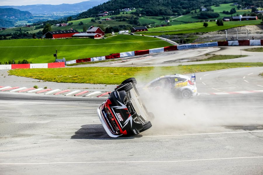 Defending champ beats home hero to RX glory in Hell