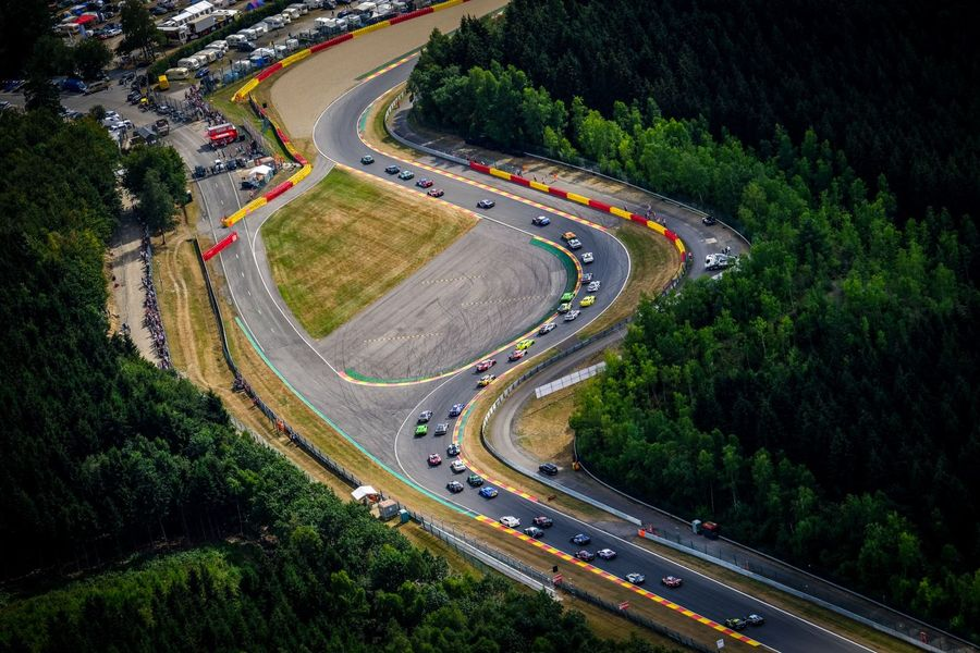 Multi-class racing at the Total 24 Hours of Spa