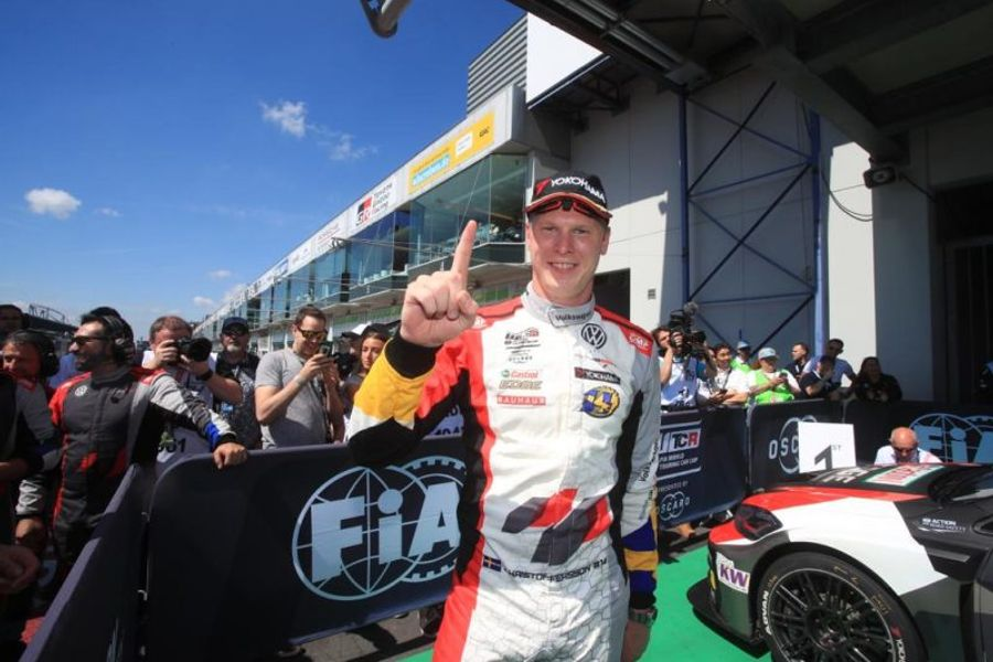Johan Kristoffersson charges to first victory in the WTCR