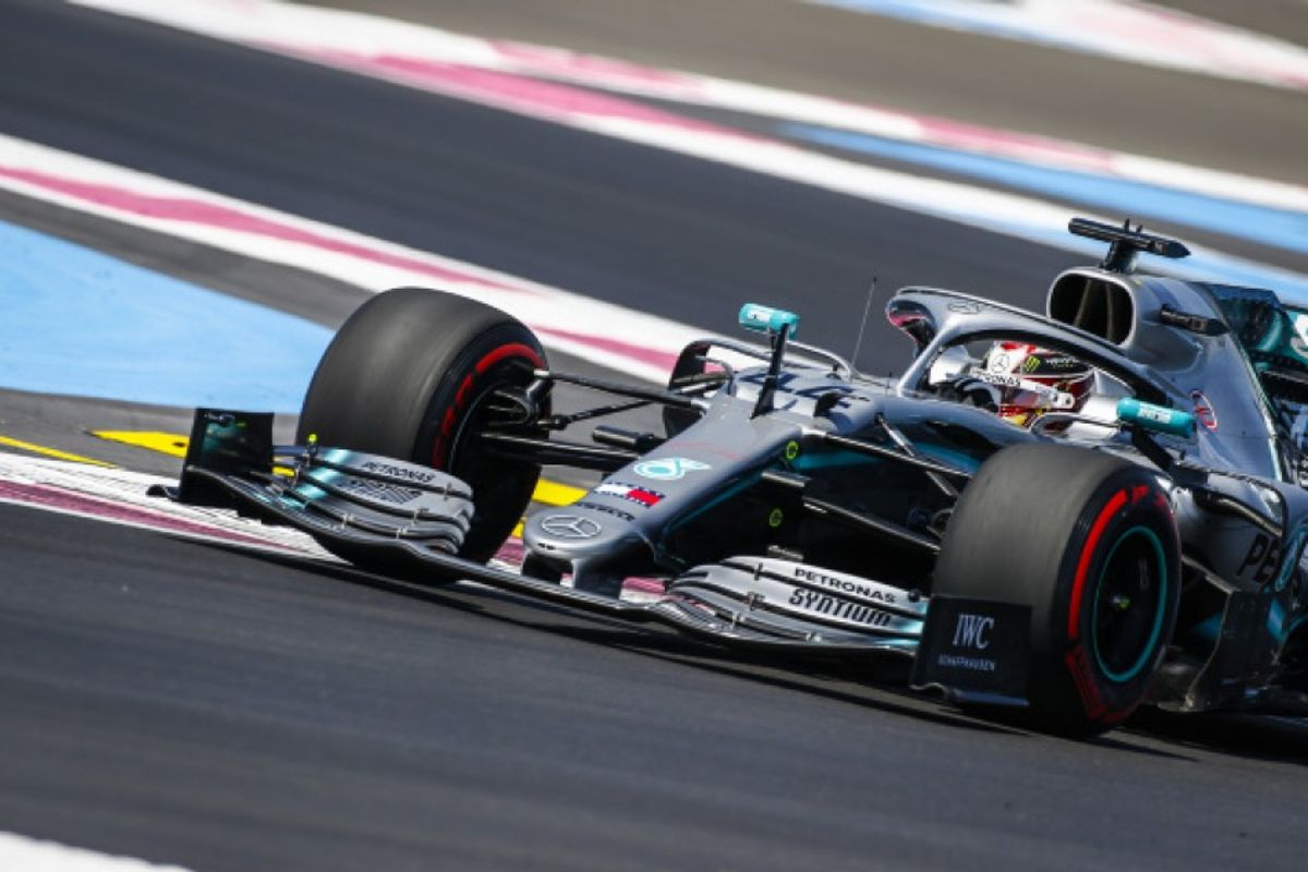 Hamilton leads Mercedes front row lock-out in French GP qualifying