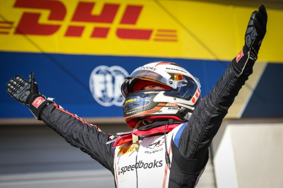 De Vries wins in Le Castellet to take F2 championship lead