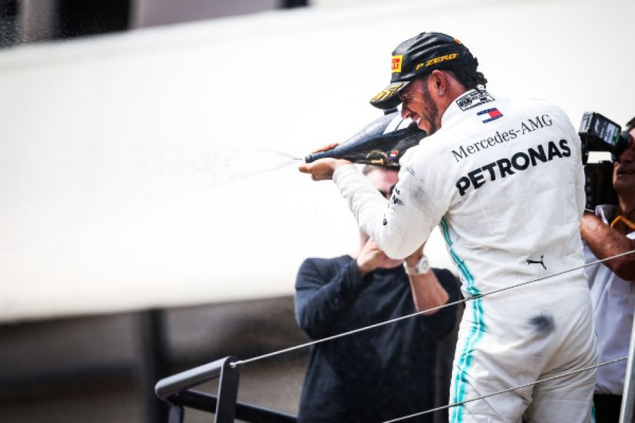 Hamilton wins lacklustre French Grand Prix