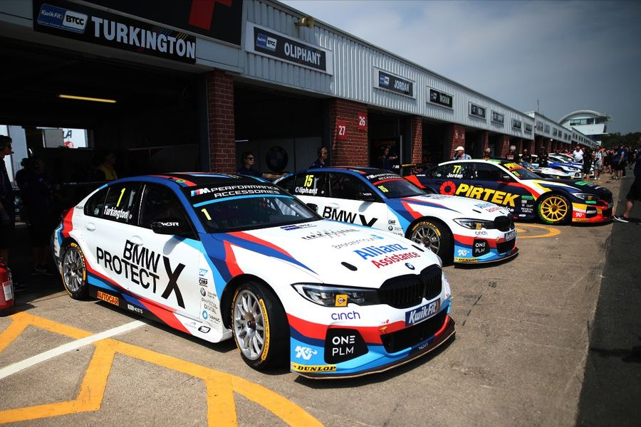 Turkington takes BTCC pole at Oulton Park