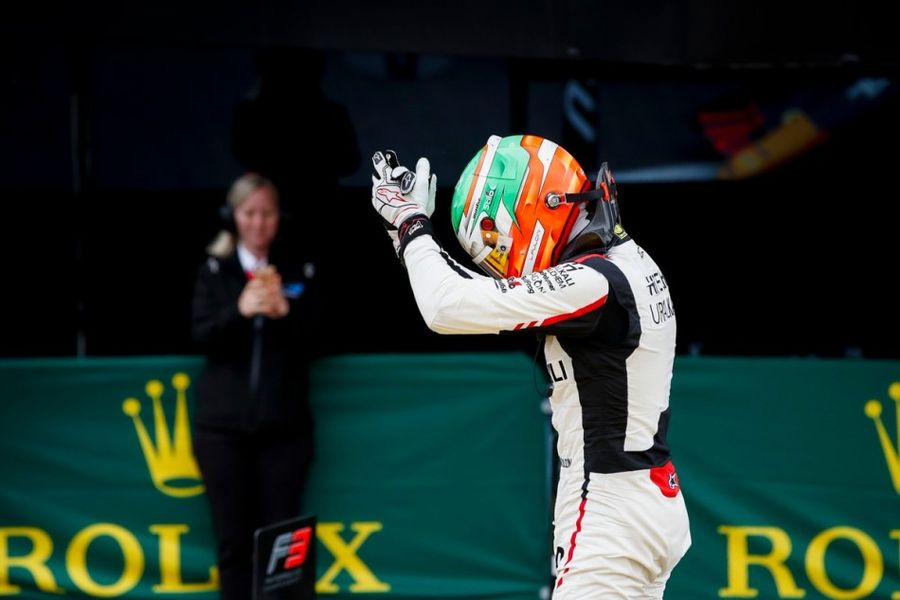 Pulcini takes first F3 win of the season at Silverstone