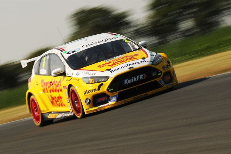Tom Chilton tops two days of BTCC action