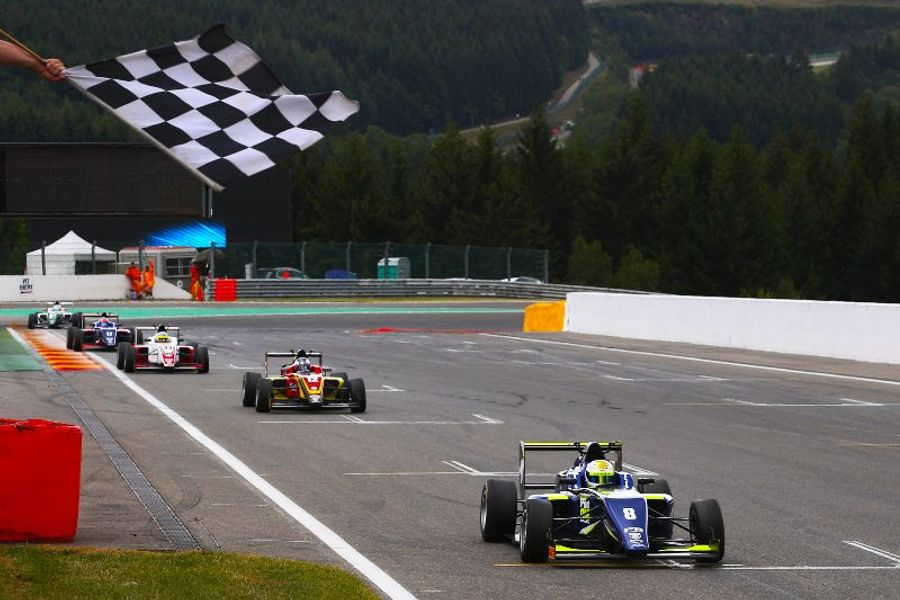 Frederick flies to F3 victory at Spa Francorchamps
