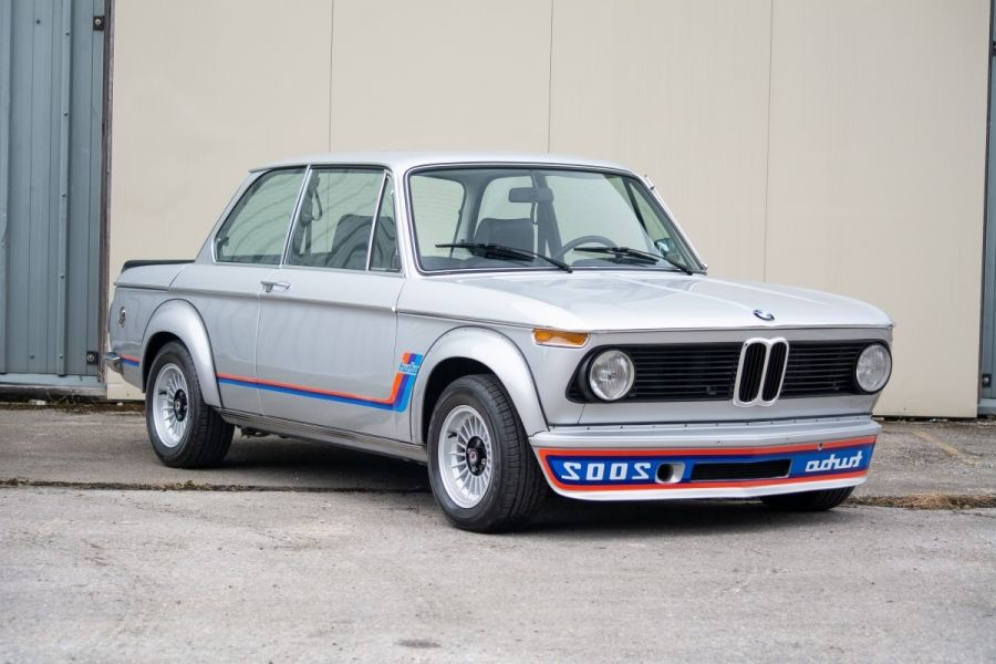 1974 BMW 2002 Turbo Sold for £70,875 Saturday at Silverstone Classic, results