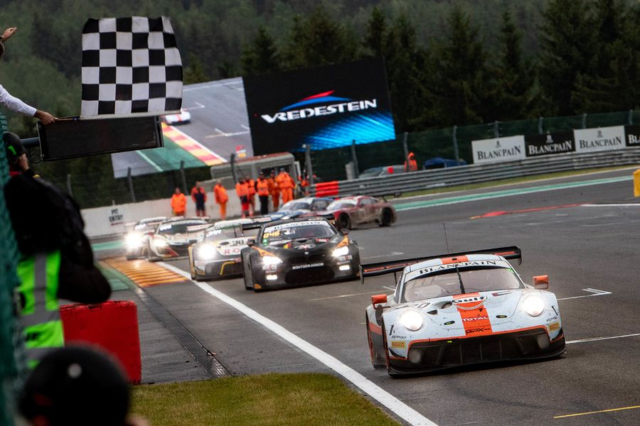 Porsche wins battle of the heavyweights with a 1,2 finish in Total 24 Hours of Spa