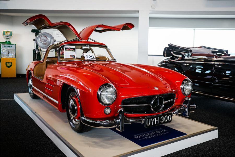 Oustanding sale for Silverstone Auctions as Mercedes Gullwings soar, results