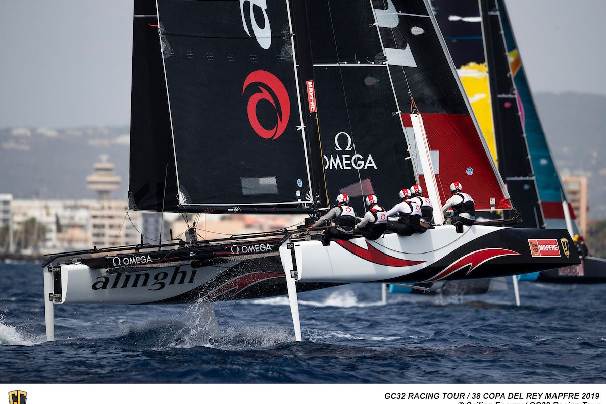 Oman Air flies past Alinghi in light airs of Palma
