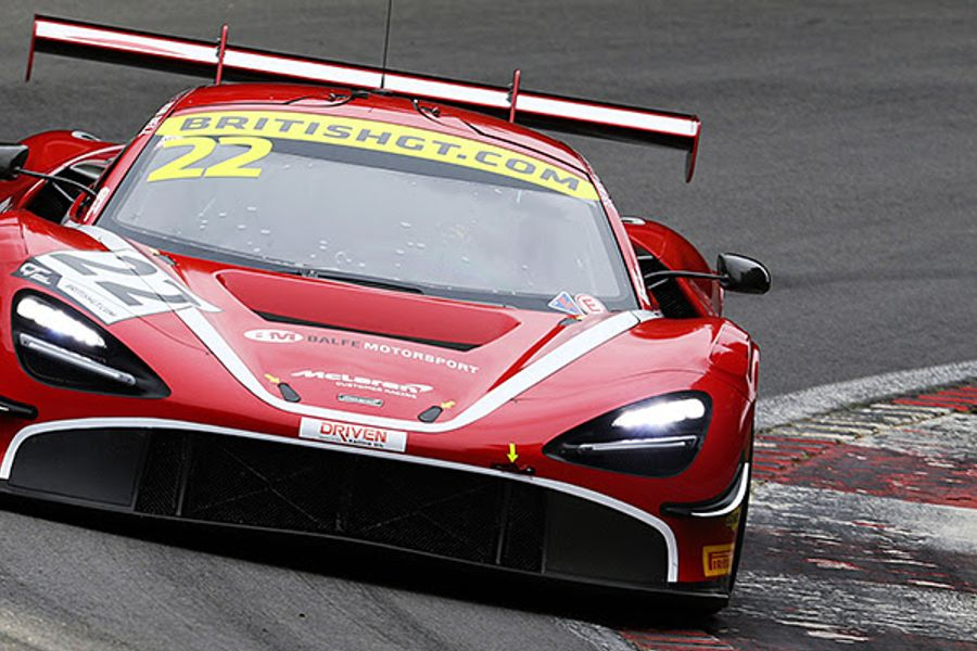 Balfe and Bell's McLaren edges tight British GT qualifying at Brands Hatch