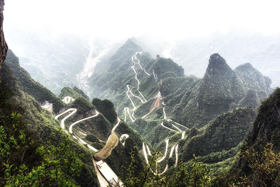 Spectacular backdrop as the Volkswagen ID.R takes on  China's 'dragon road'