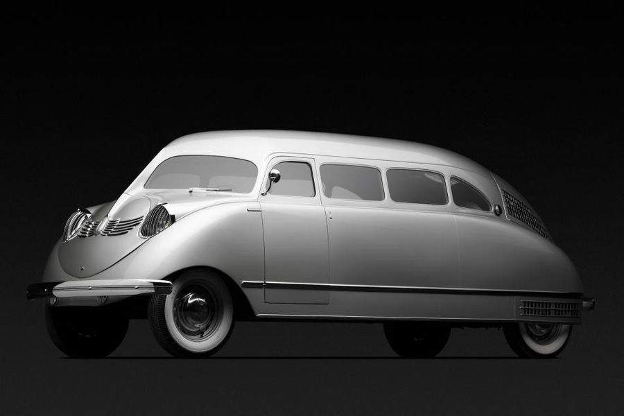 Stout Scarab; world's first minivan at Hampton Court Concours of Elegance