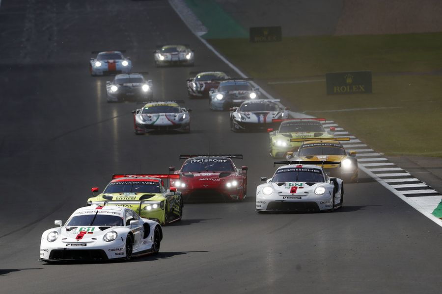 New Porsche 911 RSR debuts with a WEC 1,2 at Silverstone 4hr