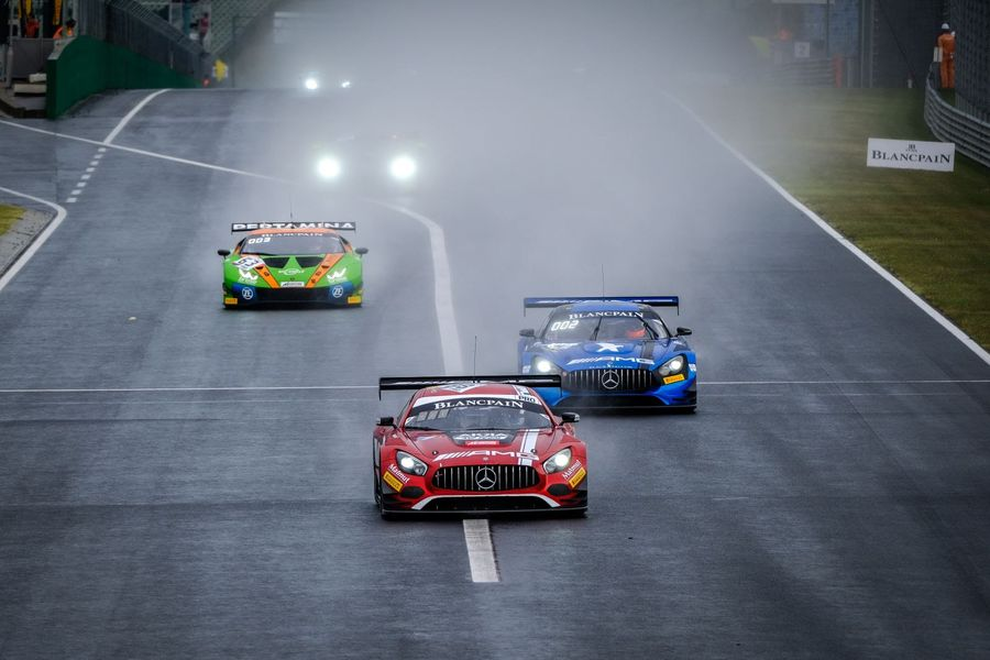 Marciello and  Abril take Blancpain GT victory in Hungary