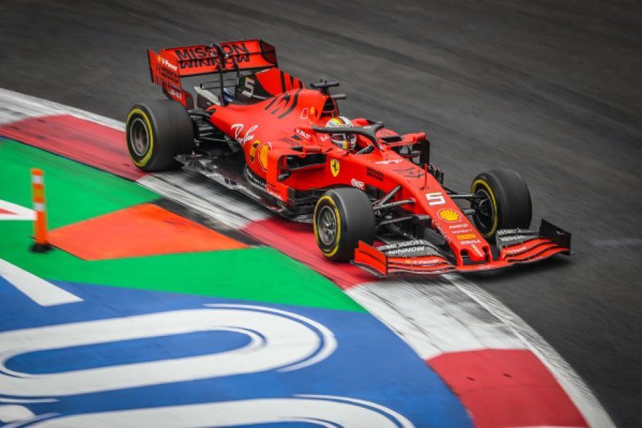 Vettel sets the pace in Mexican GP FP2