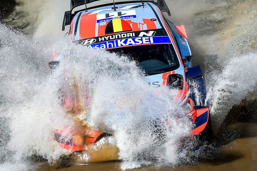Thierry Neuville takes early Rally Mexico lead