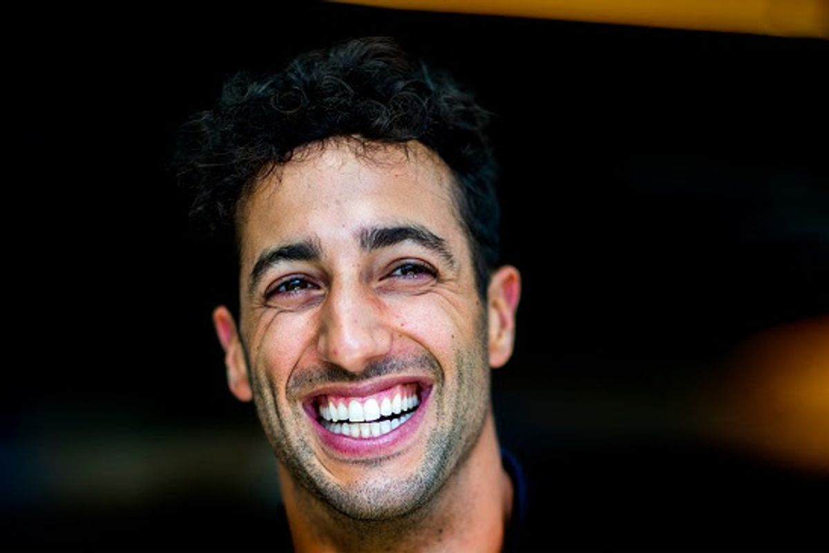 Daniel Ricciardo moves to McLaren from 2021