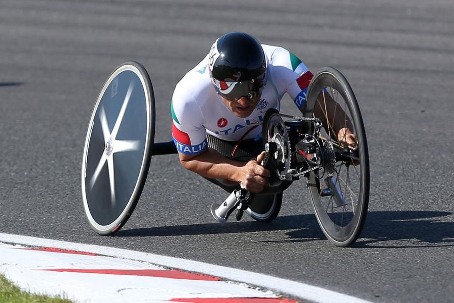 Alex Zanardi undergoes second operation after hand cycle accident