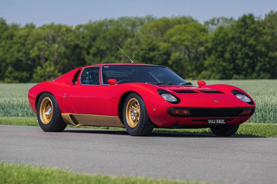 1972 RHD Lamborghini Miura SV at Silverstone Classic auction