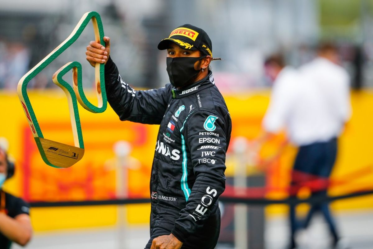 Hamilton leads Mercedes 1-2 in Styria