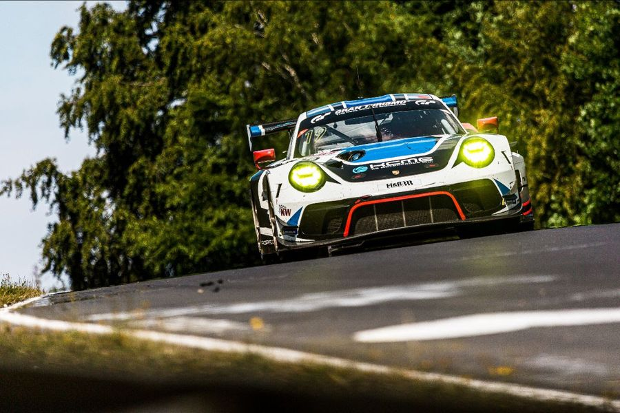 KCMG makes final Nürburgring 24hrs preparations at NLS 5