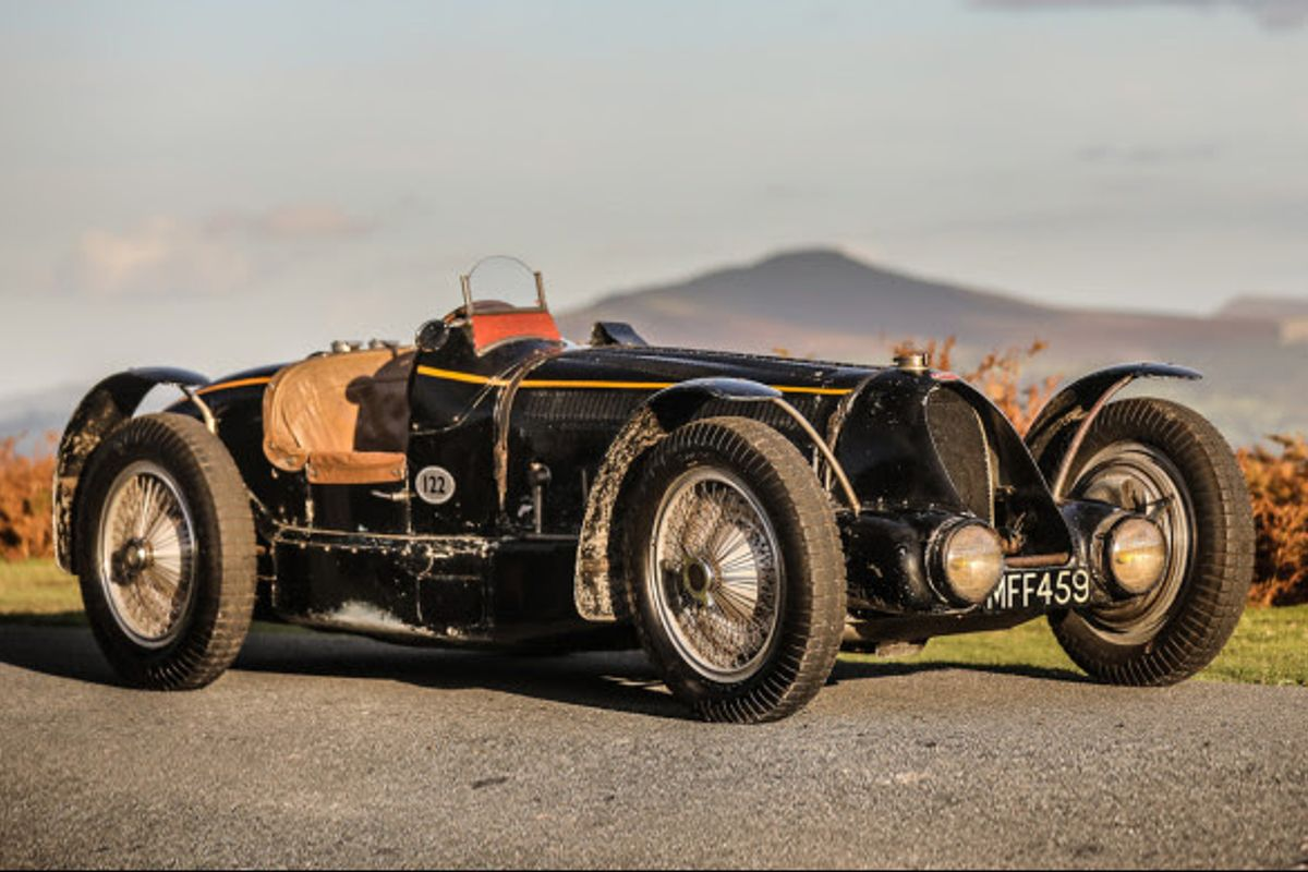 Grand Prix  Bugatti Type 59 Sports on offer at Gooding's Hampton Court sale, video