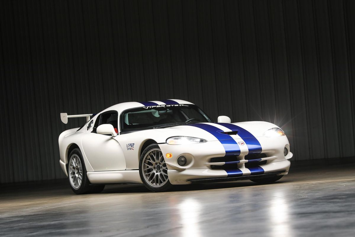 1998 Dodge Viper GTS-R Coupe, No. 2 of 100 on offer at auction, video