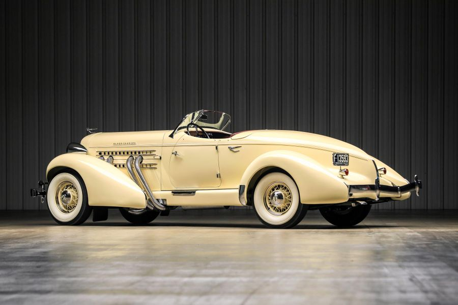 Stunning 1935 Auburn 851 SC Boattail Speedster at Worldwide Auctioneers