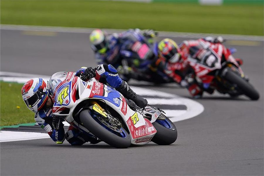 Buildbase Suzuki take triple victory at Silverstone BSB