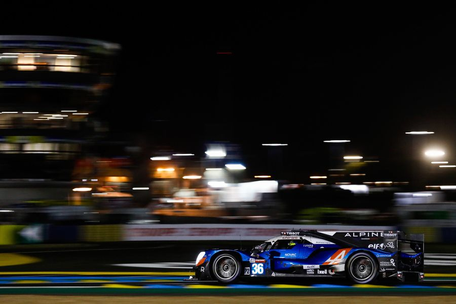 Le Mans 08h30 – Signatech Alpine Elf keeps charging up the order