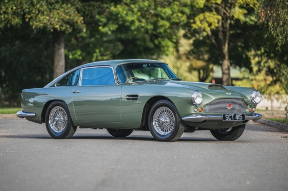 Aston Martin Db4 Series Ii Coupe At Silverstone S Final 2020 Sale Historic And Market News Racecar Creative Digital Solutions