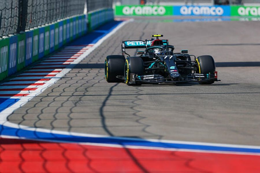 Bottas wins Russian GP, Hamilton penalised