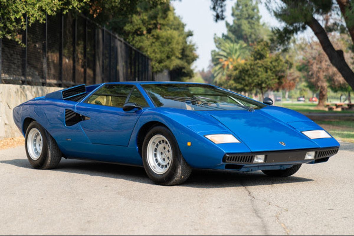 1975 Lamborghini Countach LP400 'Periscopica' for auction at Geared Online